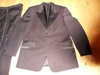 New gents morning / dinner suit.