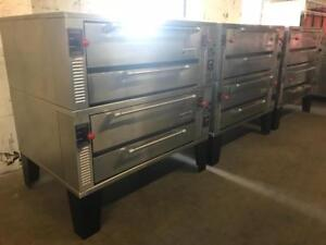 5ft Garland gas  stackable pizza ovens  ( like new ! ) only $8995 ! Shipping Canada  wide