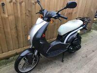 2009 Peugeot Ludix 50cc scooter moped 12 months mot