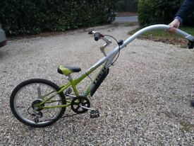 TREK tag along bike with Shimano gears. Excellent condition