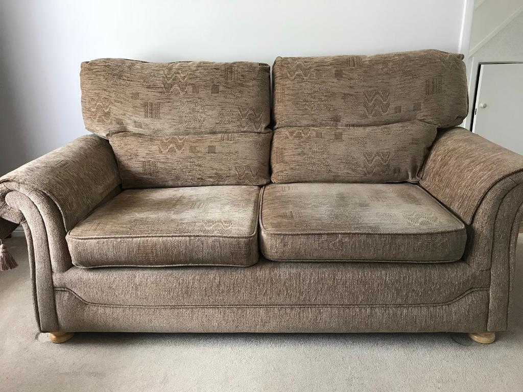 Large 2 Seater Sofa Armchair And Storage Box 4 Arm Throws 3