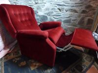 Beautiful RED VELVET RECLINER ARM CHAIR with MANUAL PUSHBACK Antique Vintage