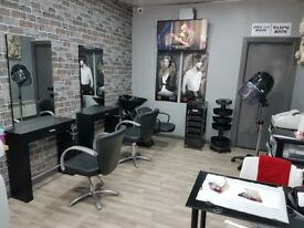 Self Employed Hairdressers Wanted £50 per week Newly Fitted (Paisley Town)