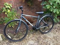Mens hybrid bike purchased from Argos 6 months ago, only been ridden twice. Condition is as new.