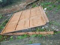Garden fence panels x 5