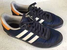 Adidas navy blue trainers size adult UK 7, in excellent condition