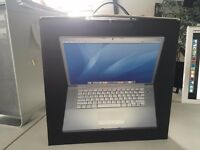 15-inch Macbook Pro BOX