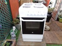 indesit electric cooker 50 cm like new