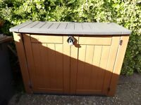 Garden / Tool shed. Two for sale but can be sold separately at £25.00 each.
