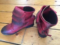 Never worn women leather boots (size 38/ UK 5/5.5)
