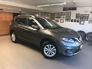 2014 Nissan Rogue SV FAMILY TECH PACKAGE AWD  - SEVEN SEATER !!!