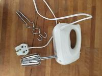 Electric hand whisk £5