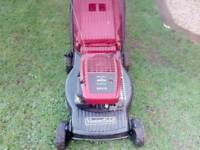 MOUNTFIELD SP470 SELF PROPELLED PETROL LAWNMOWER