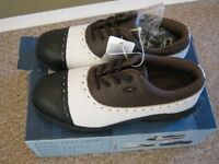 Pair of Brand New Ladies Golf Shoes