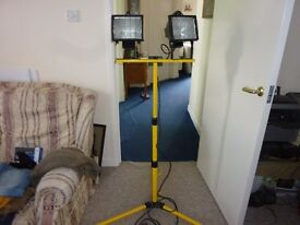 twin work lights that extend , put together and never used £30