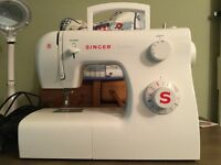 Singer traditional sewing machine approximately 5years old