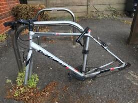 SPECIALIZED SIRRUS / ONLY FRAME / SIZE L