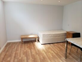 Newly refurbished Studio to let NW11