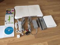 Nintendo wii console white bundle