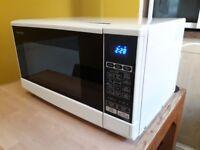 Sharp 20L Solo Microwave Oven White
