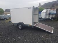 BRAND NEW MODEL BOX TRAILER 8.2FTx5FTx6FT WITH SIDE DOOR AND A RAMP UNBRAKED 750KG