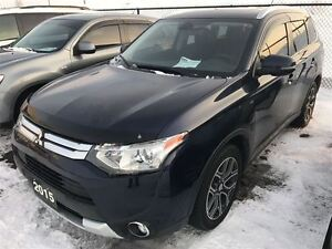 2015 Mitsubishi Outlander GT Leather, Back Up Camera, Low KM's