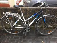 Scott 21 speed ladies hybrid bike with pannier rack £85