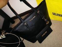 Women's classic tote bag