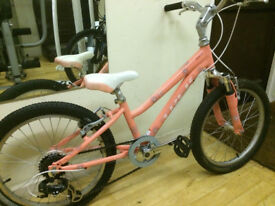 Trek MT60 - 20 inch - Girls Pink Mountain Bike Excellent Condition Age 5-9 approx
