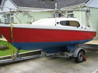 Manta 19 sailing boat yacht, galvanised trailer, Honda outboard, huge inventory for size and price.