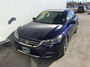 2013 Honda Accord Sedan Sport with 6 speed!