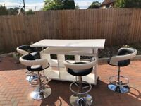 Habitat breakfast bar & four adjustable stools. Both table and stools in excellent condition