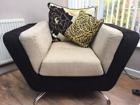 Stylish 2 seater & 1 chair