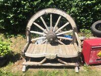 Wagon wheel seat