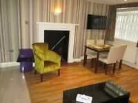 Holiday /Short Term/Oxford S / central London / A very spacious 1 bedroom apartment/sleeps up to 3