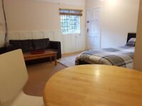 Furnished and very comfortable large room/bedsit ready to move into - Faringdon. Inclusive all bills