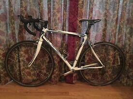 Lapierre audacio 400 road bike for sale