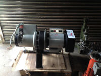 Hydrovane 23 Air Compressor 20CFM 4KW 3 Phase 415V continuous run good Condition
