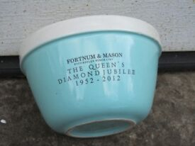 Fortnum and Mason Queens Jubilee Christmas pudding basin 1952-2012