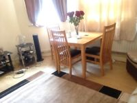 Lovely dining table & 4 chairs for sale