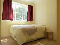 Bright spacious double room in a 3-bedroom flat. Very close to station. Most bills included.