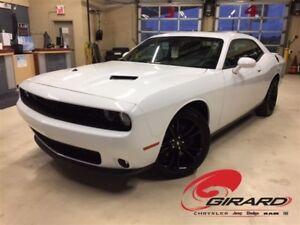 2017 Dodge Challenger SXT PLUS BLACKTOP*MAGS 20''*CUIR*GPS*TOIT