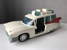 Vintage Kenner Ghostbusters Ecto 1 1984