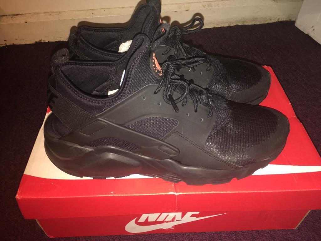 39ab86a42e8a Men s Nike huarache