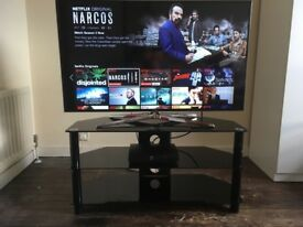 "48"" Samsung HD LCD 3D Smart tv"