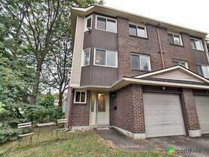 $269,900 - Townhouse for sale in Orléans