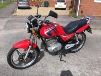 Suzuki EN 125 - low miles - years mot