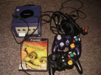 NINTENDO GAME CUBE WITH SHREK GAME WITH ONE CONTROLLER