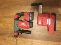 18v Milwaukee fuel hammer drill with hammer vac add on with 3 5amp batterys
