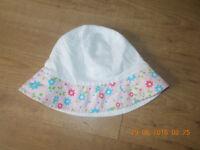 next girls reversible sun hat. Age 2 - 4 years